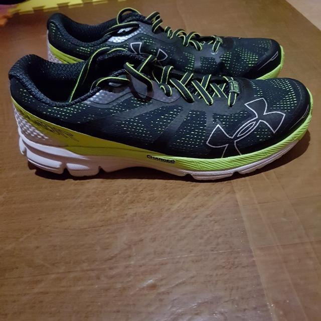 Under Armour Charged Bandit Running Shoes for Men