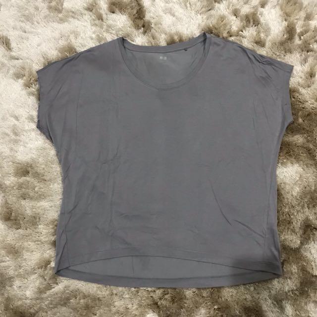 Uniqlo Drape Crew Neck Shirt