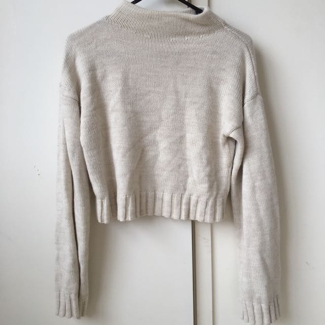 Wide arm, cropped jumper