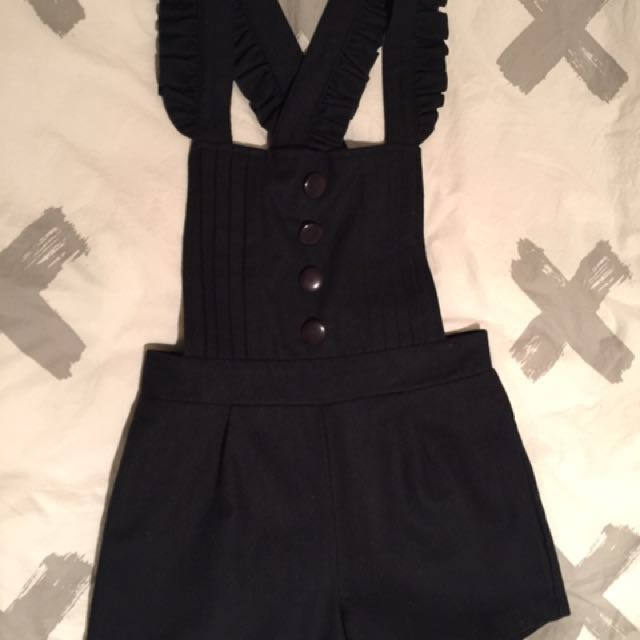 Woolen play suit
