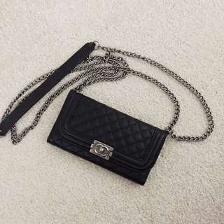 iPhone 6 CHANEl style phone case with chain