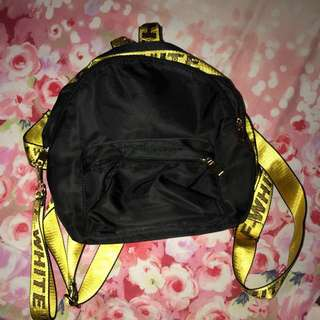 OFF WHITE BAG NEW (BUY THIS GET ONE FREE THINGS)