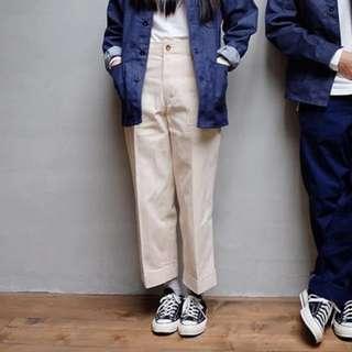 淺米色挺版棉麻工作褲