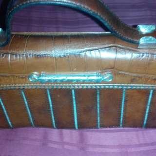 Brighton Vintage style hand / sling bag
