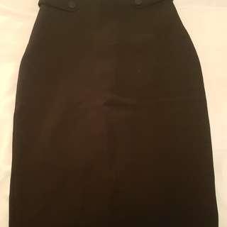 H&M Size 6 Black Pencil Skirt