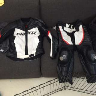 Dainese T.RACING DIV 兩截式透氣皮衣