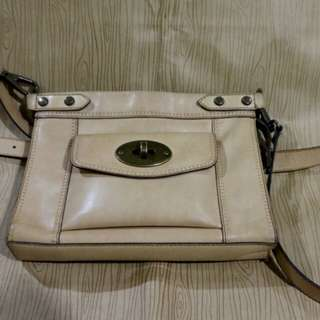 Authentic Fossil Vintage Revival leather sling crossbody bag