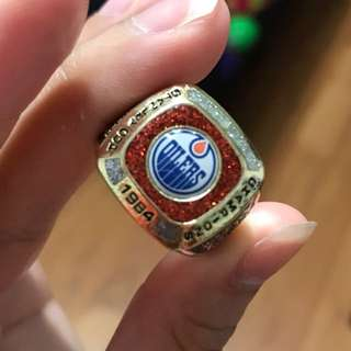 Oilers Stanley Cup Ring probably size 8