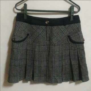 (專櫃含運出售)全新格紋百折裙