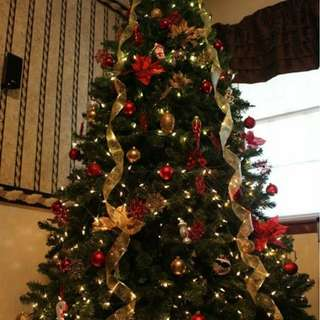 Christmas / X Mas 6 Feet Tree with Decorations