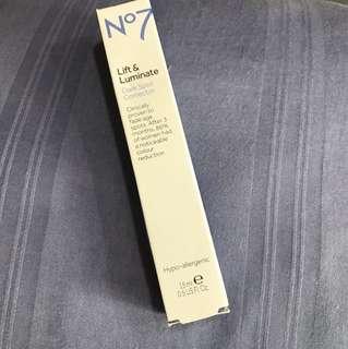 No7 Dark Spot Corrector Lift and Luminate
