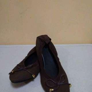 Comfy flats shoes