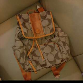 COACH backpack 背包 (used 7成新) 加拿大帶回