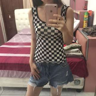 Black and White Square Tank