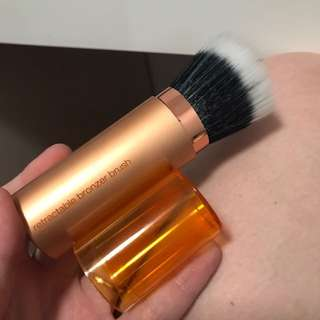 Real techniques retractable bronzer brush BN