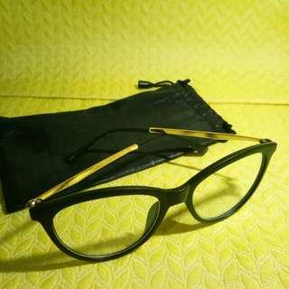 Eye glass (semi-cat eye design) w/ free pouch
