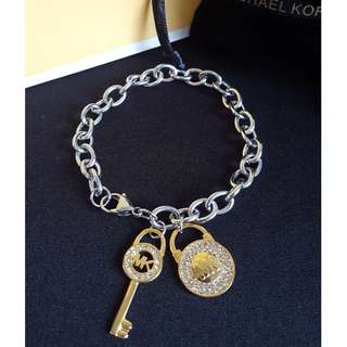 Michael Kors Toggle chain MK Bracelet charm
