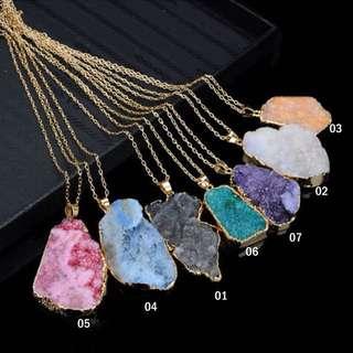 Irregular shape quartz stone healing pendant