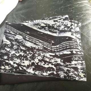 Duckscarves Kl In Black -Reduced-