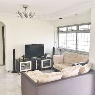 4 'A'- 619 Woodlands Drive 52 – High Floor / Near 888 Plaza Mart / Admiralty MRT / All Races Welcome!
