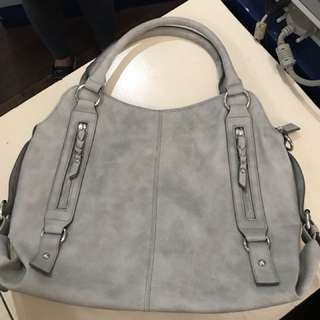 Unbranded leatherette bag