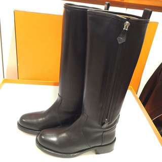 Hermes 經典馬boot black colour 全新 size35