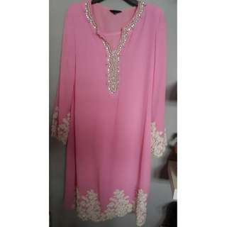 ⚠ Price Reduced RM90 Selling On Behalf ( Pink Embellishment Kurung)