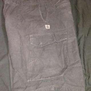 Volcom cArgo shorts (36)