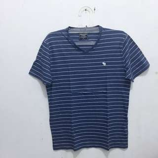 ABERCROMBIE & FITCH V-Tee