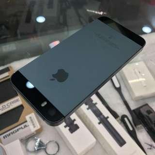 i5S 32G 黑色 還有金色 台南網路評價破千 電池全新