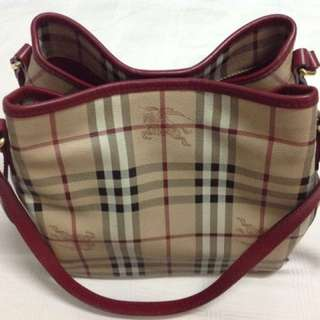 [Negotiable] Burberry Haymarket Bag With Pouch