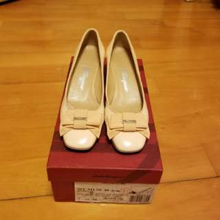 Salvatore Ferragamo Light Pink Shoes, Size: 7.5