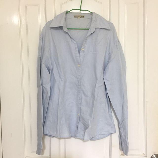 淺藍長襯衫