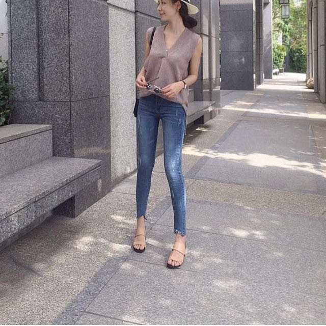 木卯-彈性不規則刷色牛仔褲