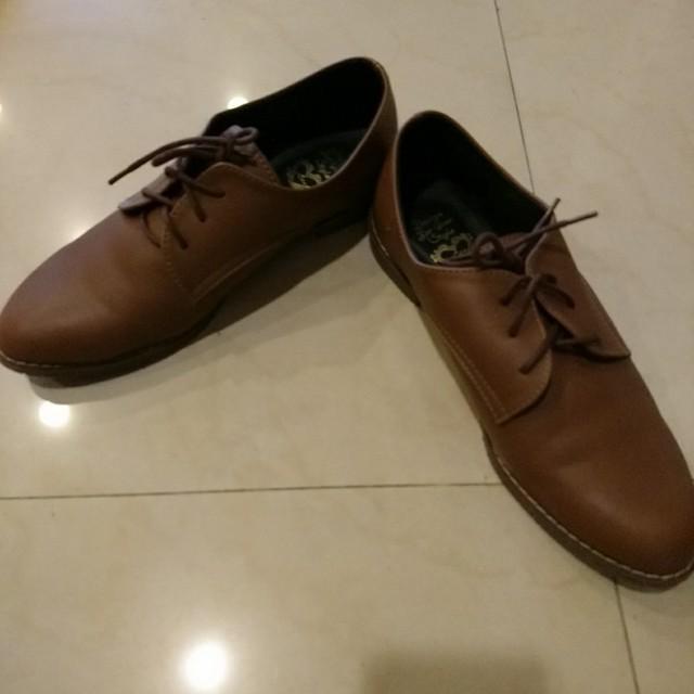 棕色牛津鞋 38號