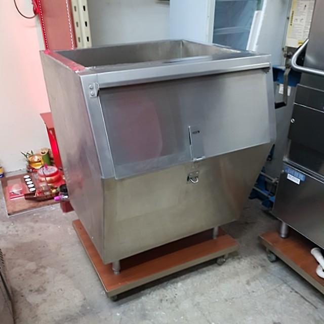 🇸🇬 Stainless Steel Ice Bin 400lbs 冰箱