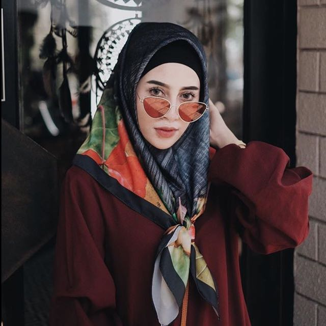 Aghnia Punjabi SUNGLASSES / SUNNIES