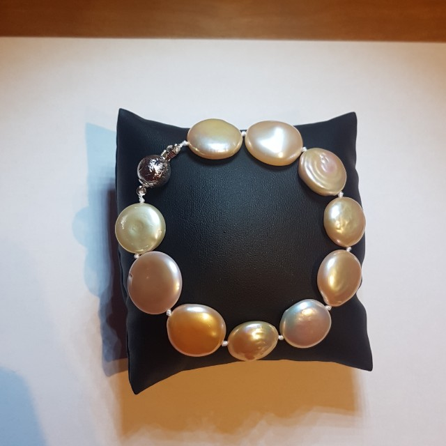 Authentic Freshwater Pearl Bracelet