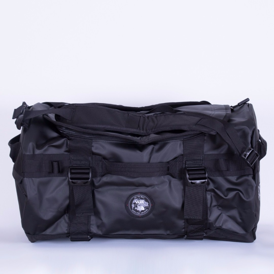 c2ab7cbed7 Authentic Vans X The North Face Base Camp Duffel Bag Black