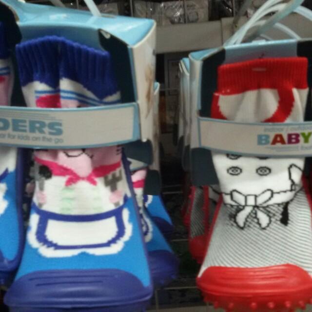 Babies shoe socks
