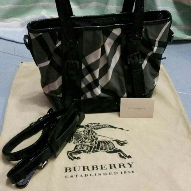 840cd08fd2 Burberry Black Beat Check Nylon Baby Lowry Tote Bag, Luxury, Bags ...