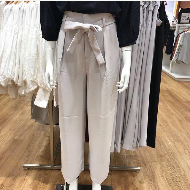 Celana kulot uniqlo / cullote trousers uniqlo grey