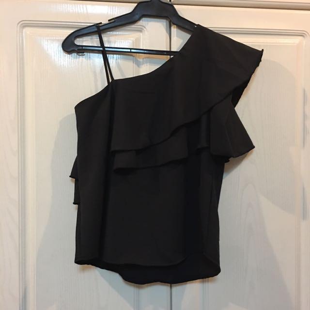 Classic Black One Sided Ruffled Top