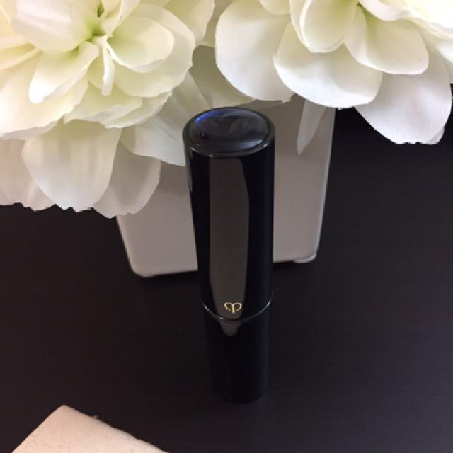 Cle de Peau Beaute CPB Concealer - Ocher