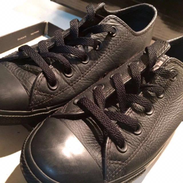 Converse Leather Black