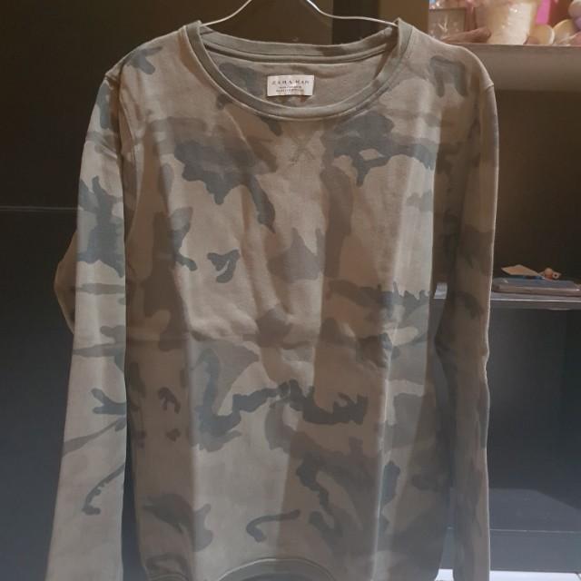 FS Zara man camo sweat shirt sz M fit S