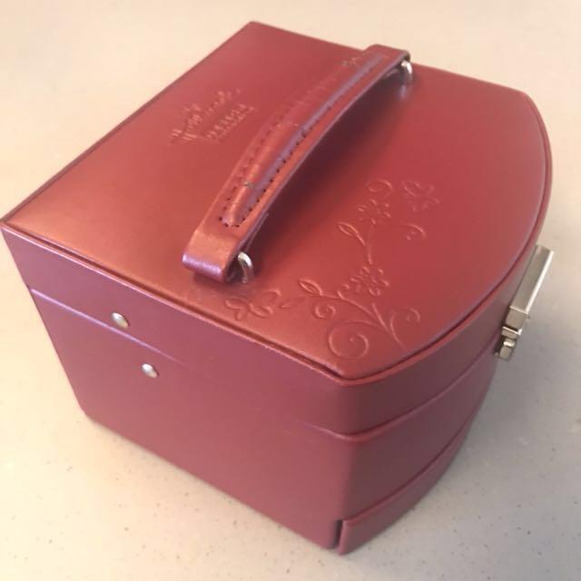 Hallmark designed Jewelry Box Health Beauty Hand Foot Care on