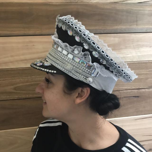 Handmade Lace Festival Doof Hat