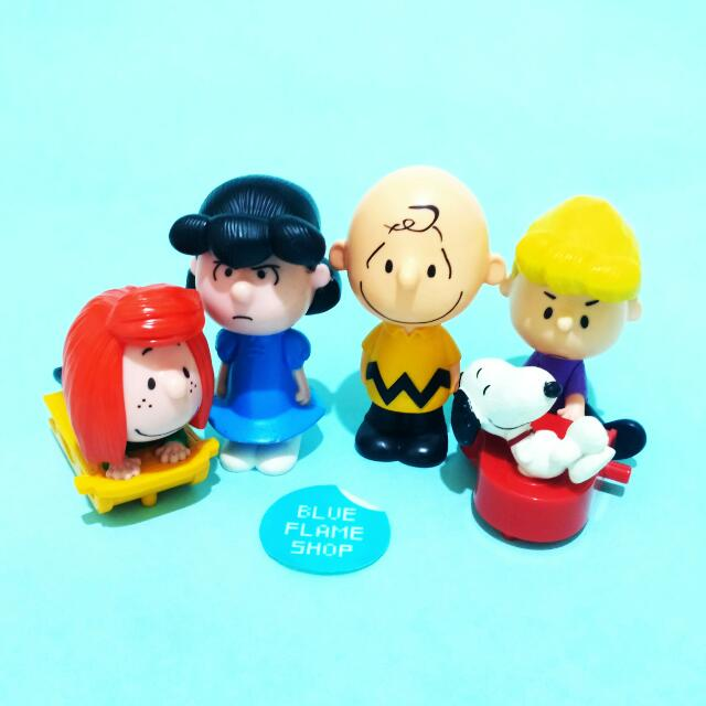 happy meal snoopy mcd