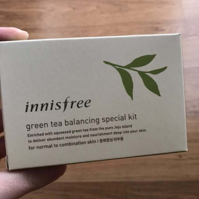 Innisfree greentea balancing special kit